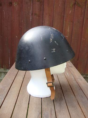 another unknown helmet