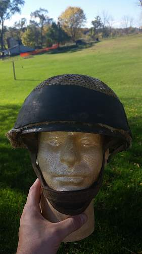 Is this an Israeli six day war paratrooper helmet?
