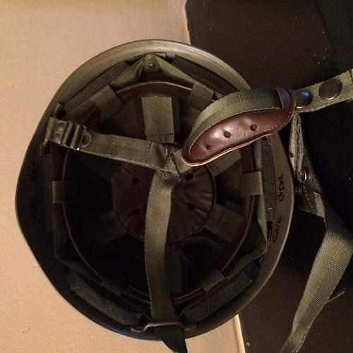 Paratrooper helmet (fake???)