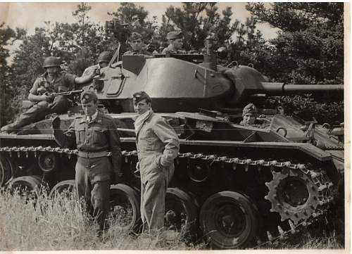 Click image for larger version.  Name:M24 Chaffee.jpg Views:125 Size:64.4 KB ID:797756