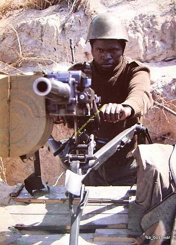 Click image for larger version.  Name:angolan soldier.jpg Views:21 Size:205.1 KB ID:827947