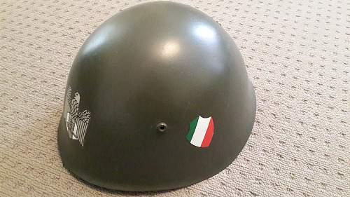 Info on this Italian M33