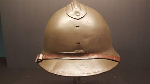 Ques Collection -- French helmets? ( post 5)