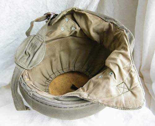 Click image for larger version.  Name:French para training helmet 1950's 7.jpg Views:203 Size:253.0 KB ID:854435