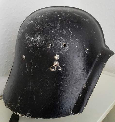Iraqi Fedayeen helmet.