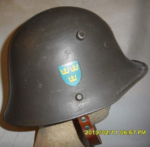 Click image for larger version.  Name:Sweden Experimental helmet typ B right.jpg Views:138 Size:217.3 KB ID:931768