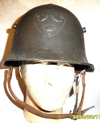Click image for larger version.  Name:Sweden Experimental helmet typ B front.jpg Views:106 Size:215.4 KB ID:931772
