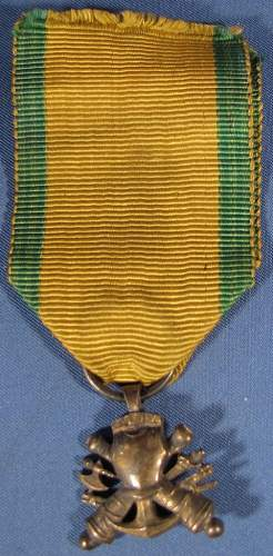 Help! French medals.