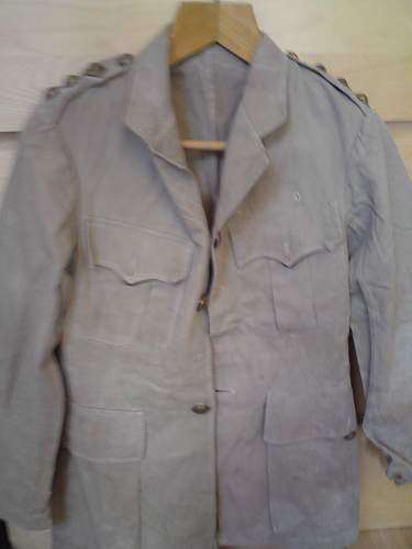 Click image for larger version.  Name:Jacket Undone.jpg Views:65 Size:131.1 KB ID:105791