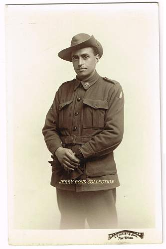 Click image for larger version.  Name:a Australian soldier wm.jpg Views:14 Size:266.8 KB ID:1079361