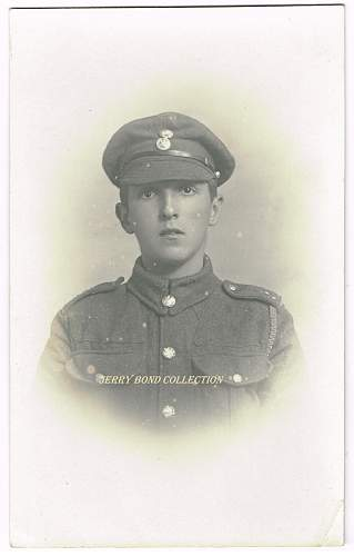 Click image for larger version.  Name:a Royal Welsh Fusilier wm.jpg Views:3 Size:273.7 KB ID:1079364