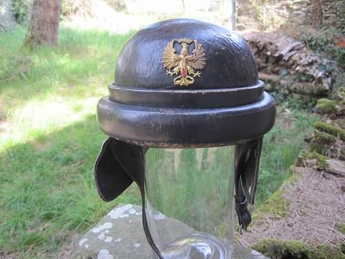 Re: WW1 Flying helmet? Polish or Italian?
