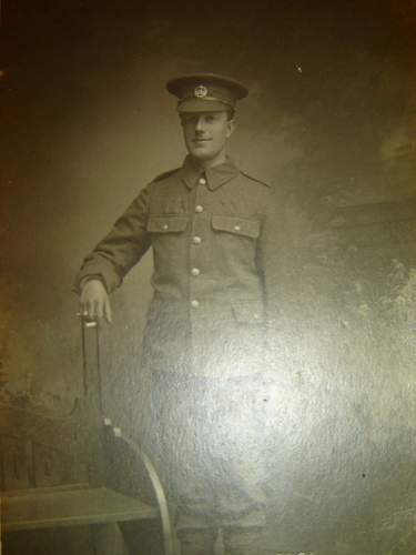 Click image for larger version.  Name:Fred Osborne Essex regt later RAMC.jpg Views:106 Size:178.4 KB ID:136253