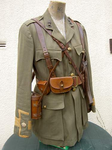 Click image for larger version.  Name:RA Major cuff rank SD Tunic& equipment 001.jpg Views:10582 Size:257.2 KB ID:152050