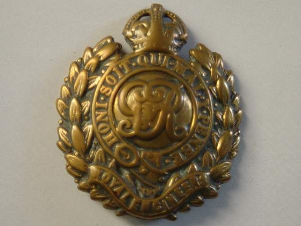 Click image for larger version.  Name:Royal Enginers Cap badge. WW1.jpg Views:3496 Size:146.2 KB ID:18456