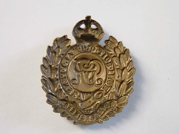 Click image for larger version.  Name:Royal Engineers Cap badge reverse. WW1.jpg Views:1103 Size:142.4 KB ID:18457