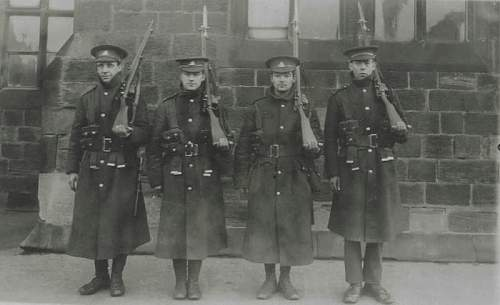 Click image for larger version.  Name:Soldiers Of The West Riding Regiment.jpg Views:159 Size:53.3 KB ID:250975