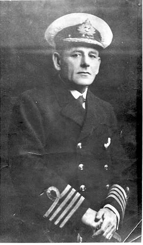 WWI uniform - naval or merchant marine?
