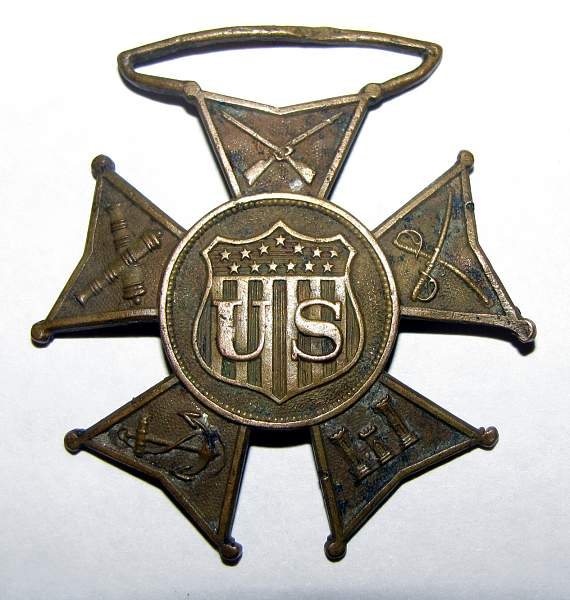 Trying to identify an old US war badge