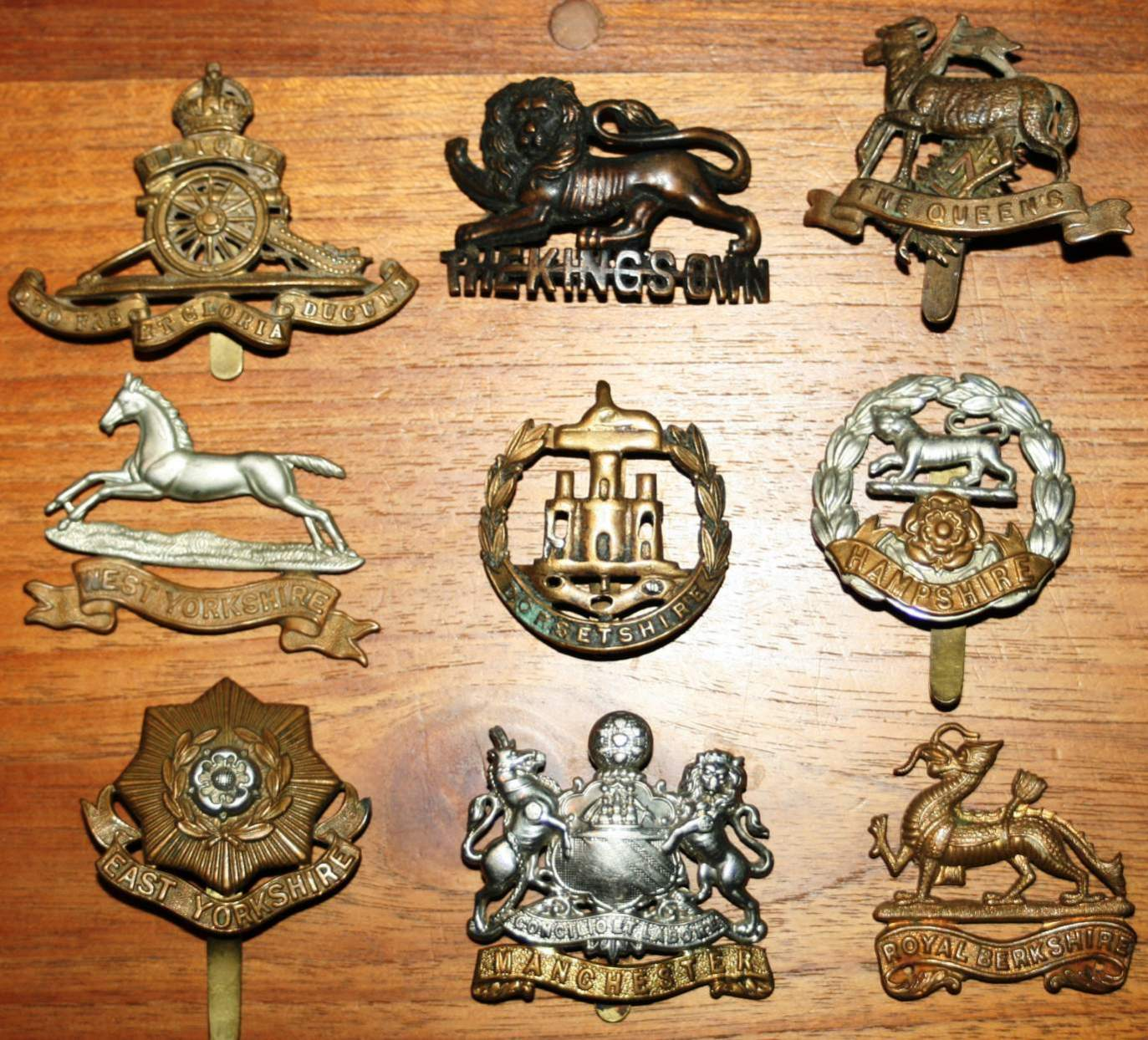 Need Help Identification Of A Lot Of Wwi Badges Buttons