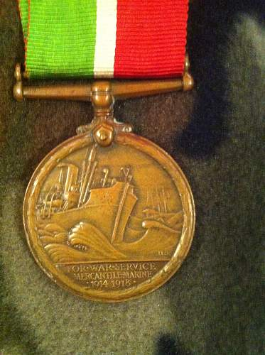 Click image for larger version.  Name:named british medals 002.jpg Views:127 Size:253.5 KB ID:333697