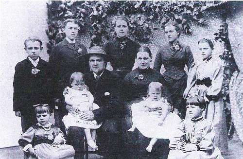 Crimean War 'family' photo