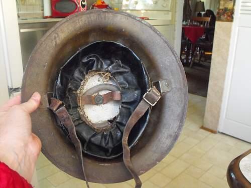WW1 CEF stretcher bearer helmet