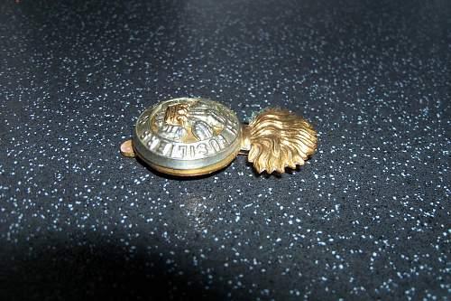 royal welsh fusiliers cap badge
