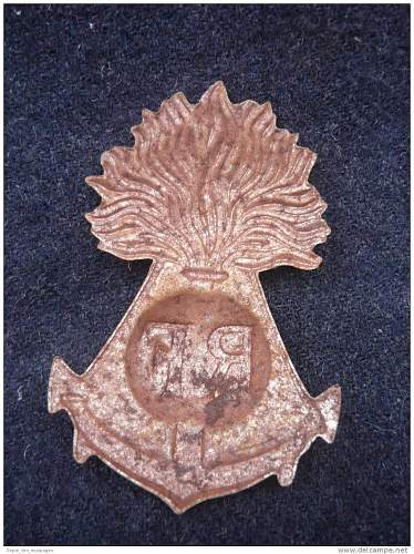 Click image for larger version.  Name:repro badge 1 back.jpg Views:63 Size:198.4 KB ID:445129