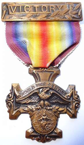 Just got my grandads personals and need a medal/medallion identified