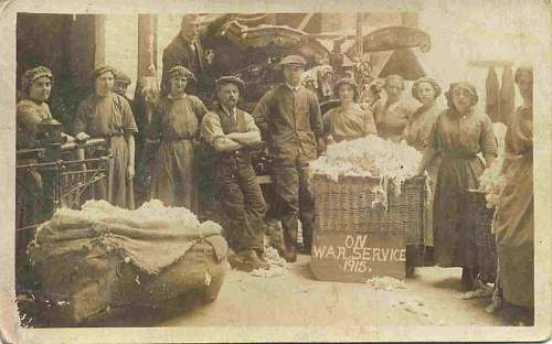 WW1 Cotton factory workers