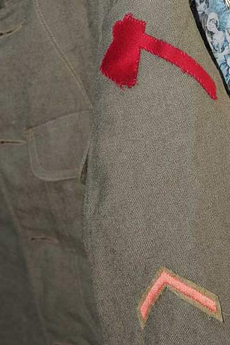 Click image for larger version.  Name:us army tunic 2.jpg Views:49 Size:55.4 KB ID:518084