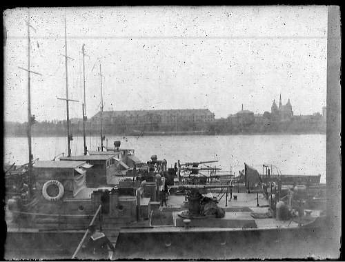 WW1 Glass Plate Negatives, Letters and Photographs