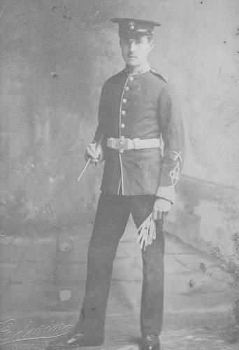 Please help identifythese British WW1 uniforms