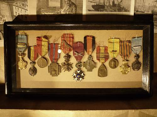 I just framed my great great gandfathers WWI medals.