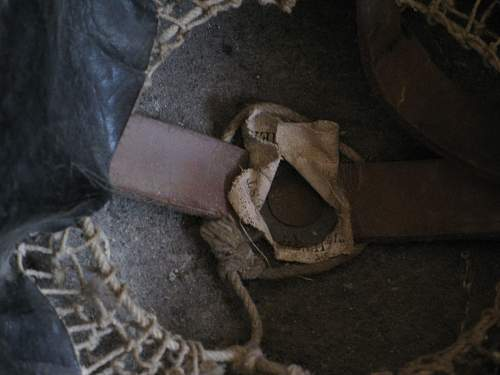 Click image for larger version.  Name:WWI Helmet 003.jpg Views:114 Size:242.2 KB ID:62466