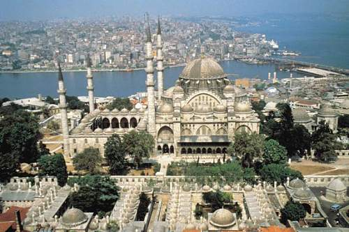 Click image for larger version.  Name:istanbul.jpg Views:19 Size:75.9 KB ID:626027