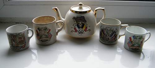 Click image for larger version.  Name:WWI mug  teapot and mugs.jpg Views:114 Size:225.8 KB ID:643416