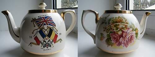 Click image for larger version.  Name:WWI mug  teapot.jpg Views:83 Size:216.0 KB ID:643417
