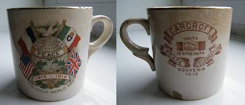 Click image for larger version.  Name:WWI mug 2.jpg Views:29 Size:209.4 KB ID:643419