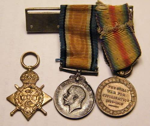 Click image for larger version.  Name:wwI Mons star mini trio obverse.jpg Views:130 Size:213.0 KB ID:652270