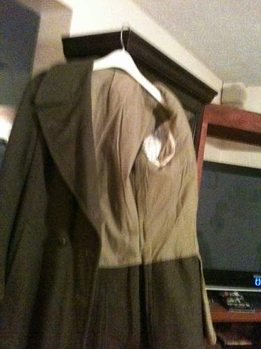 was told this overcoat is ww l is it? and what Army was it for? labeled boyer paris france