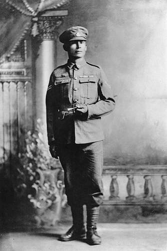 Click image for larger version.  Name:.0 Francis Pegahmagabow.jpg Views:15 Size:84.2 KB ID:676741