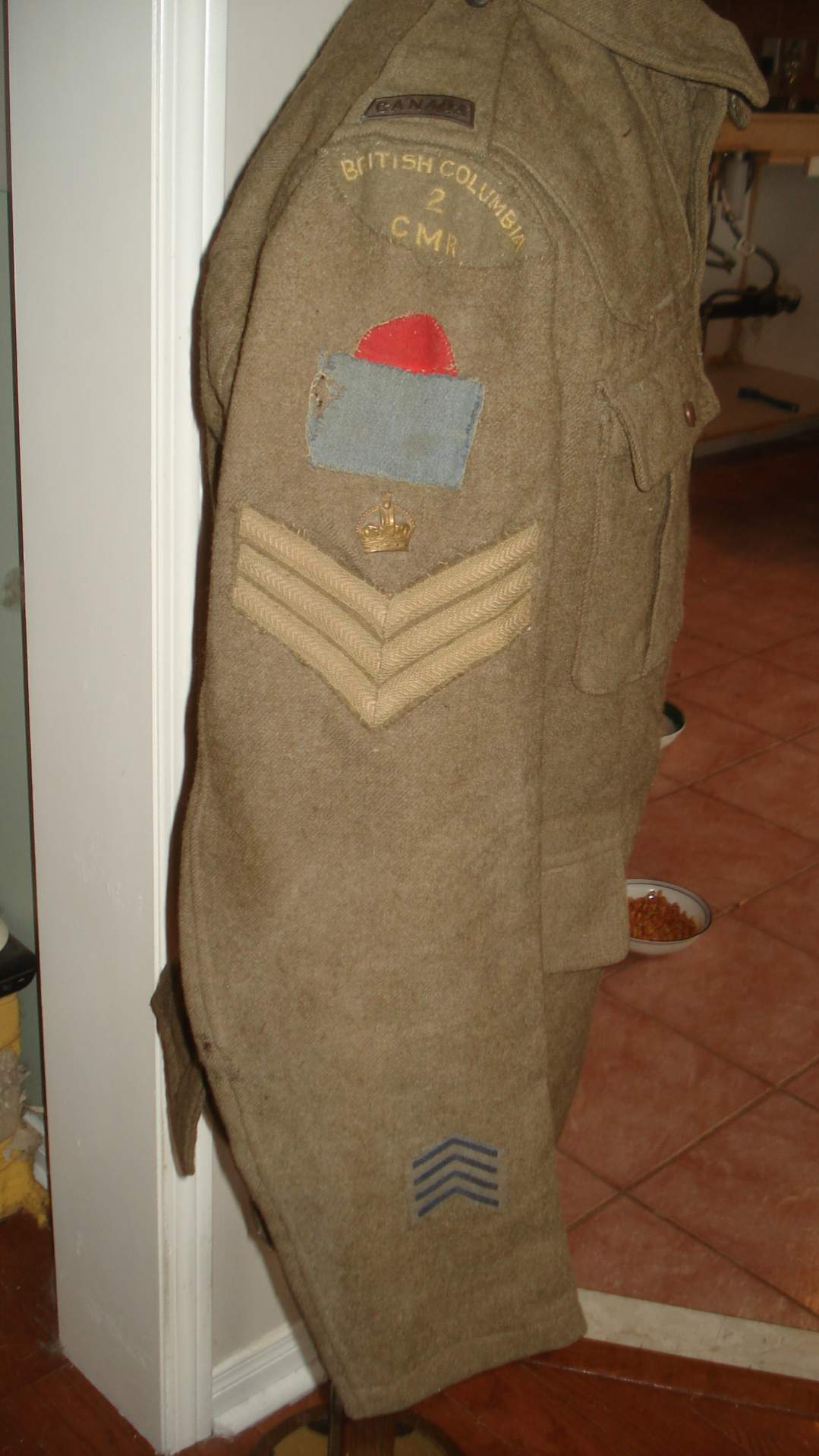 My NEW WW1 2 Canadian Mounted Rifles Tunic with all insignia