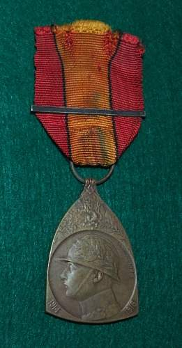 A few more WW1 awards from my collection