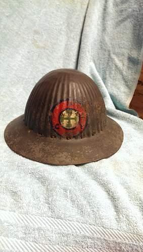 M1916 Portuguese helmet