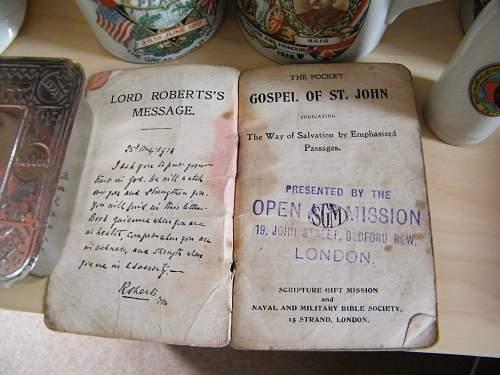 1914 edition active service pocket Gospel of St John.