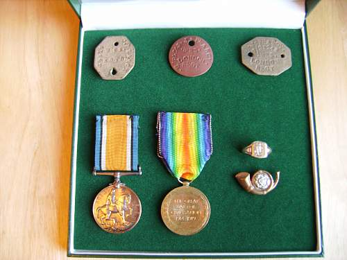 Click image for larger version.  Name:medals 005.jpg Views:11 Size:218.5 KB ID:724609
