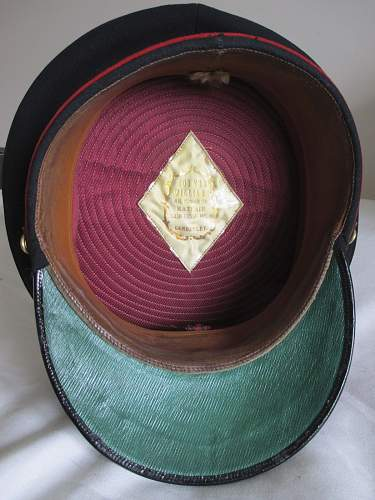Click image for larger version.  Name:officers forage cap ebay aug 2014 4.jpg Views:76 Size:190.4 KB ID:730655