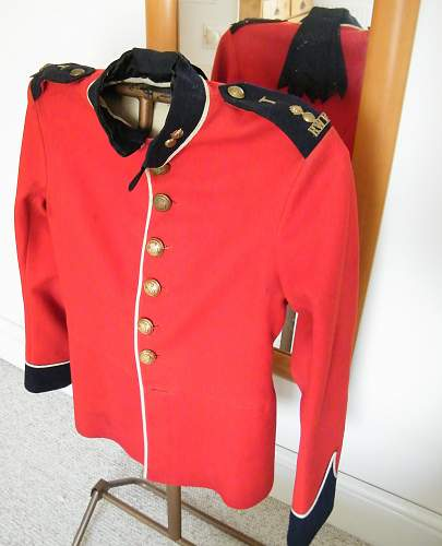 Click image for larger version.  Name:rwf or's scarlet tunic.jpg Views:49 Size:193.9 KB ID:741372
